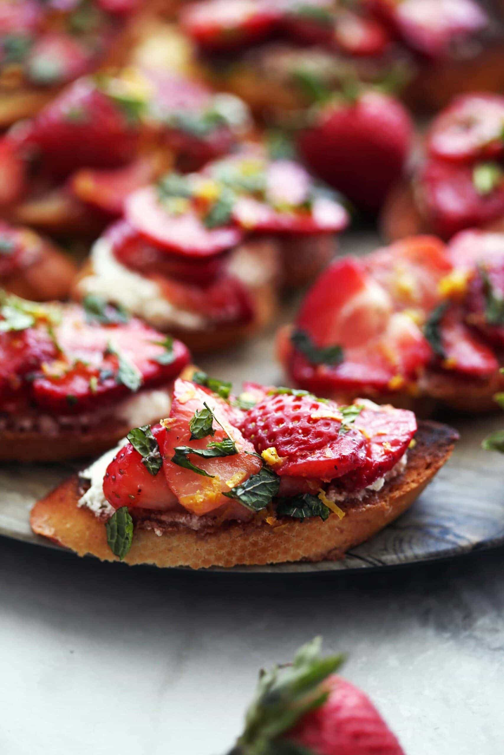 Balsamic Strawberry Ricotta Crostini