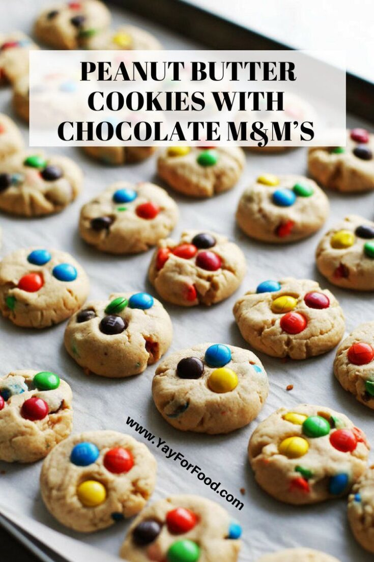 A holiday cookie favourite! These soft peanut butter cookies with crunchy chocolate M&M's are a lovely and cute sweet treat!