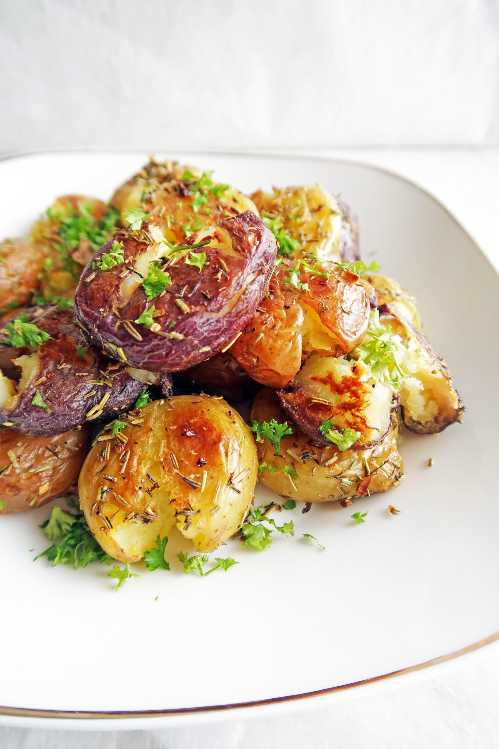 Crispy Garlic Smashed Baby Potatoes