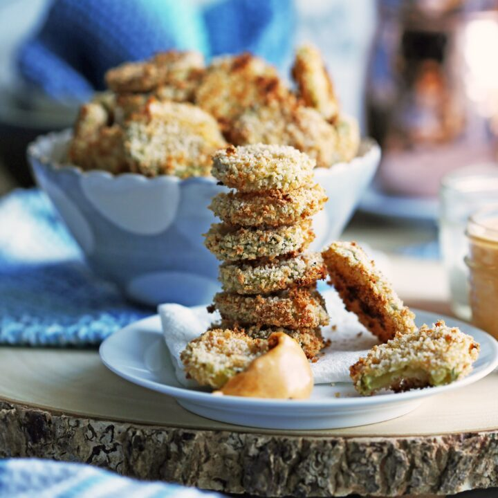 Crispy Oven-Fried Pickles with Cheddar Cheese Dip
