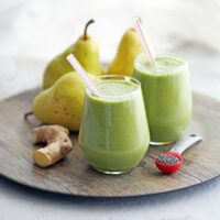 Healthy Pear Ginger Chia Smoothie