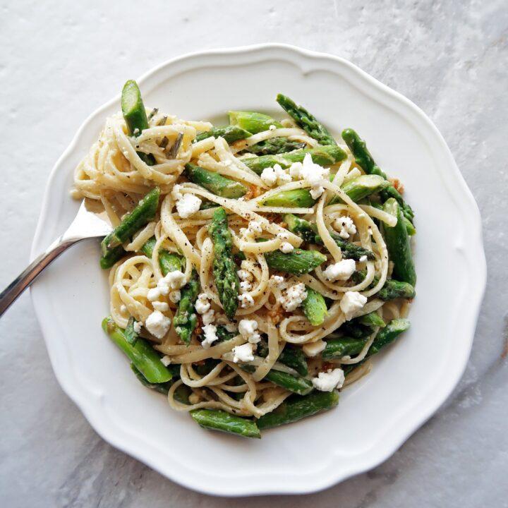 Lemon Feta Linguine with Garlic Asparagus