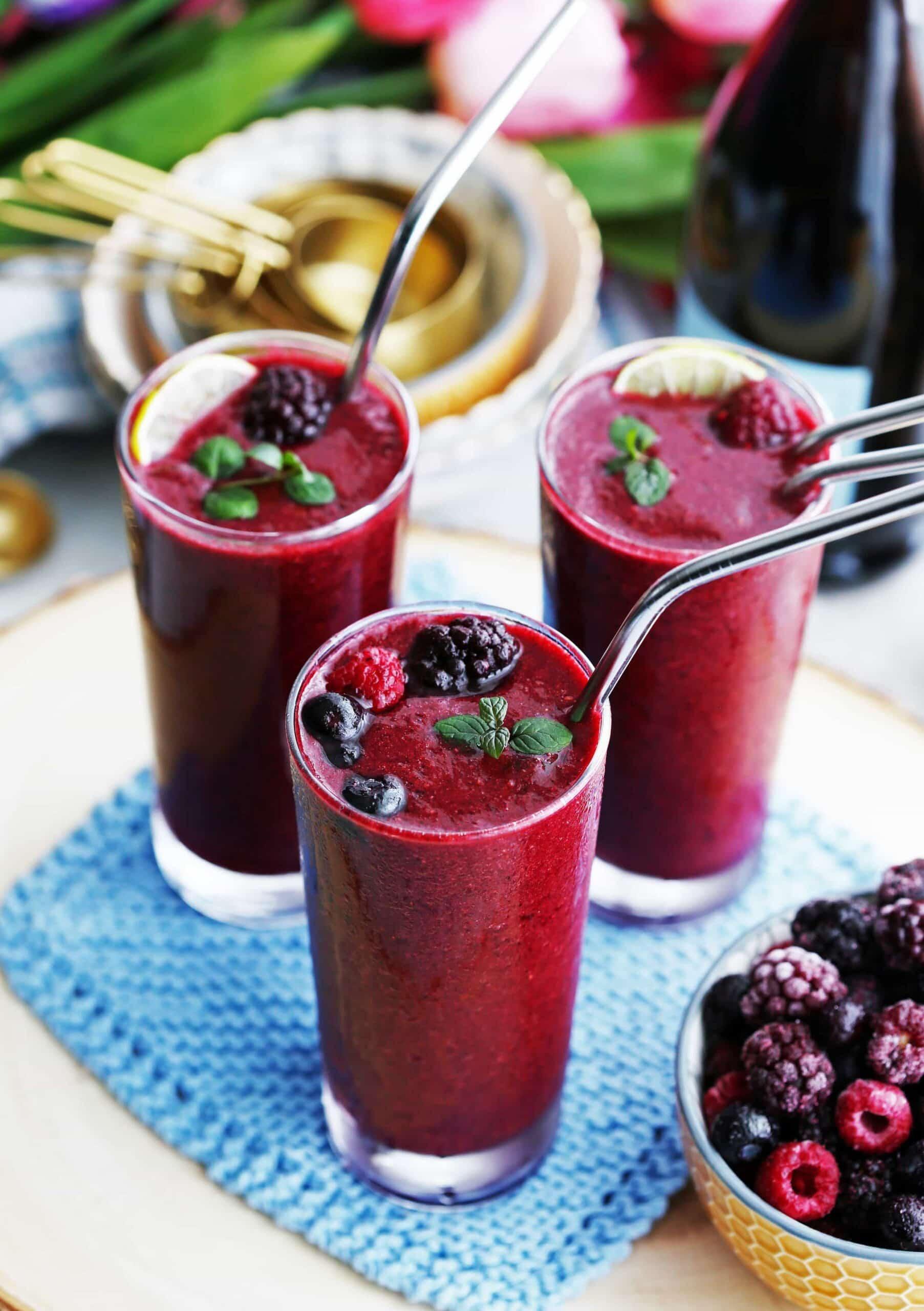 Mixed Berry Prosecco Wine Slushies