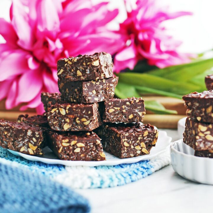 No-Bake Peanut Butter Chocolate Crunch Bars