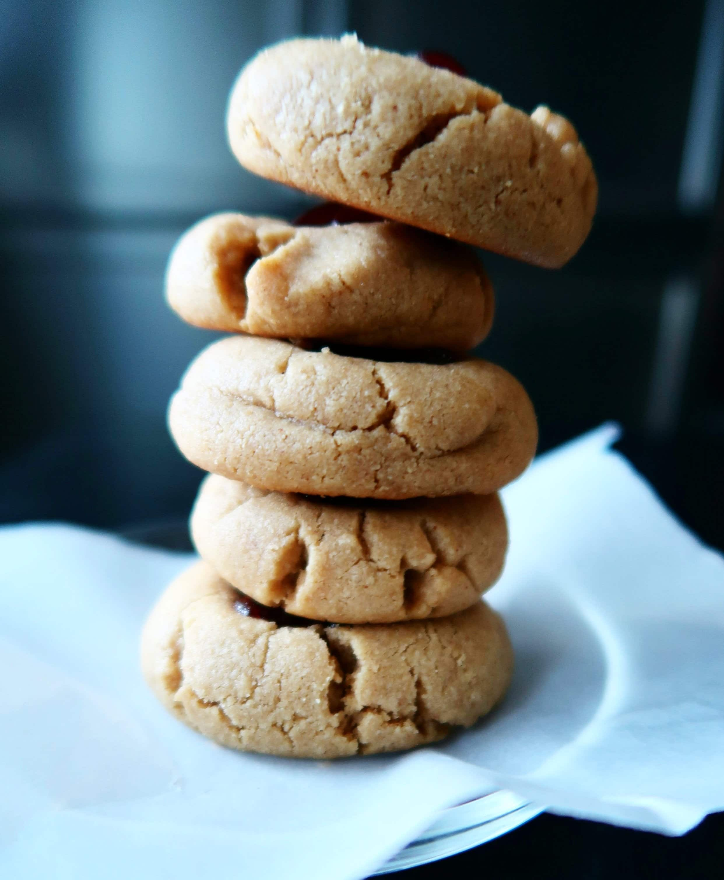 A tower of peanut butter cookies.