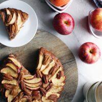 Rustic Apple Cinnamon Pecan Cake