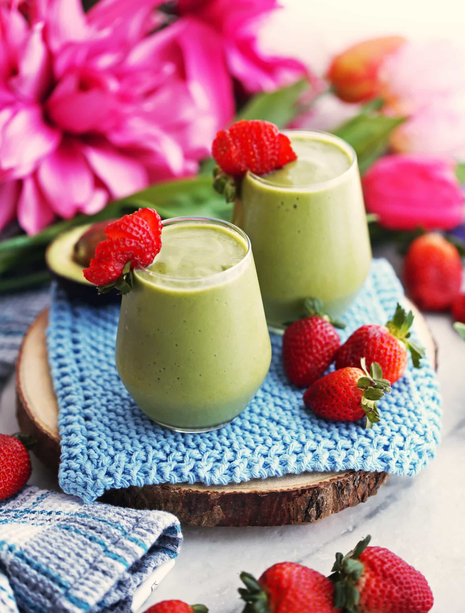 Strawberry Avocado Green Smoothie